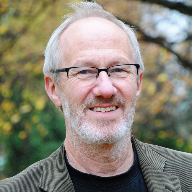 Dr. Lars Englund